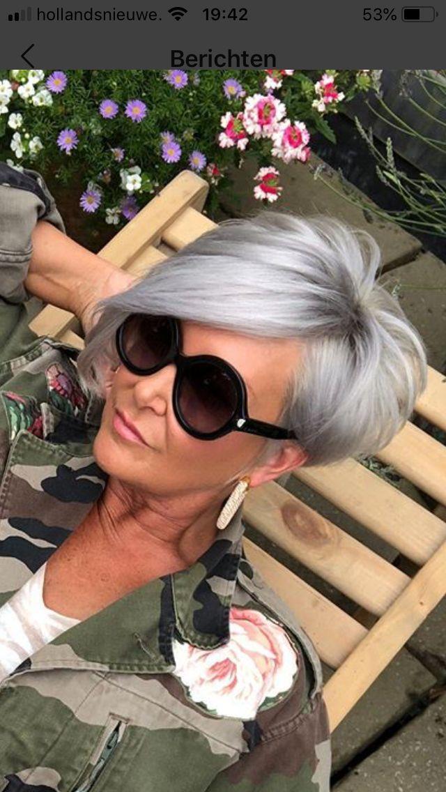 Taglio e colore – # Acconciature corte Donna 50 plus # Acconciature corte Asimmetria femminile …