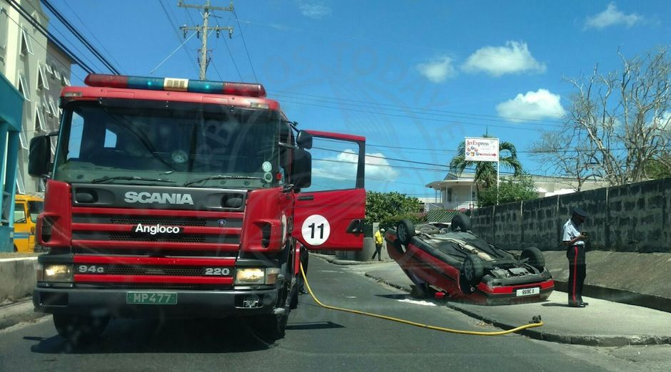 Police investigate accident at Maxwell, Christ Church