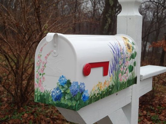Hand Painted Mailbox With Garden Flowers Painted Mailboxes Diy Mailbox Mailbox Decor