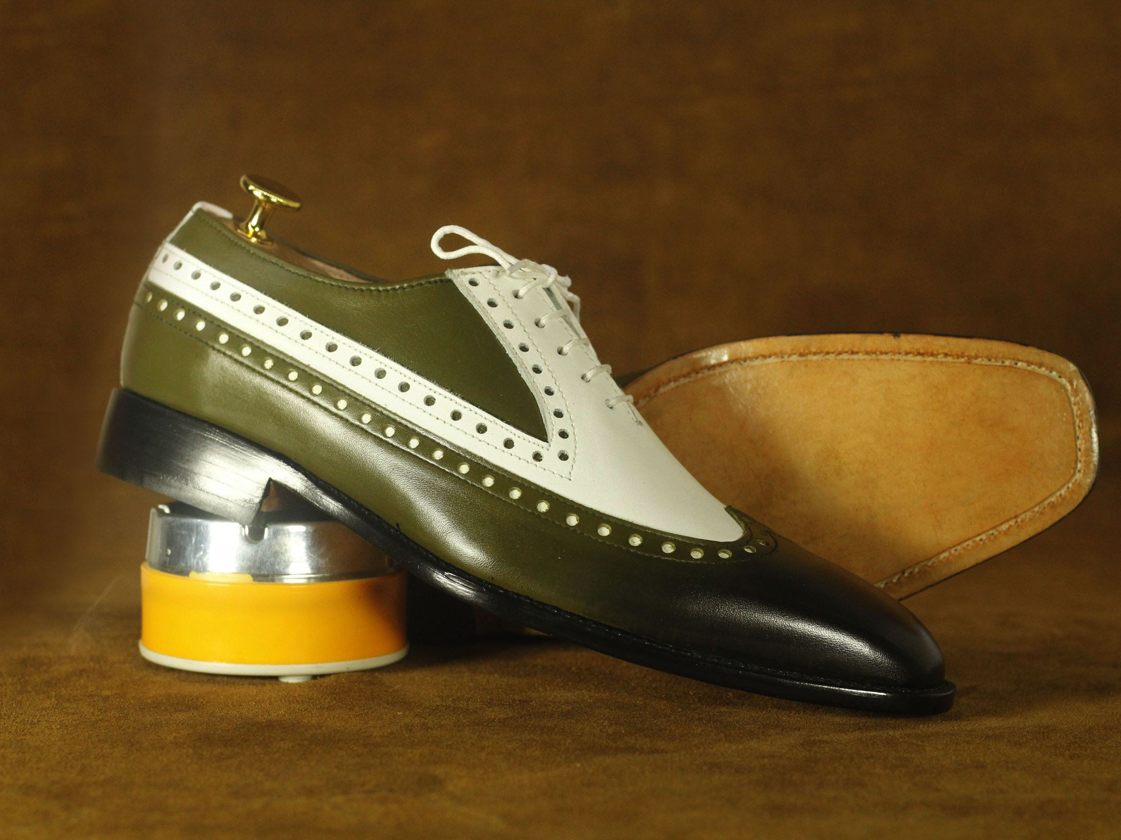 Bespoke Olive Green White Leather Shoes Men Wing Shoes Dress Shoes Made To Order Shoes Dress Form White Leather Shoes Alligator Dress Shoes Dress Shoes Men [ 1728 x 2304 Pixel ]