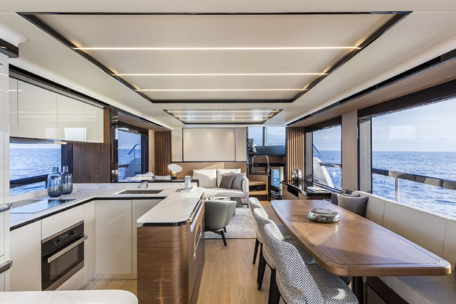 2020 Absolute 68 NAVETTA Pilothouse for sale YachtWorld