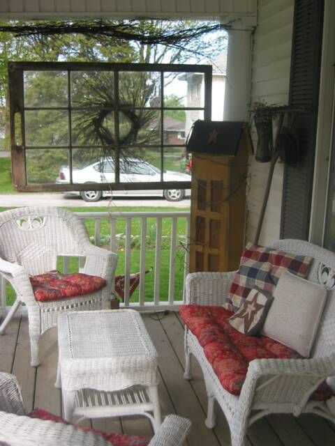 Like the window pane... have some and plan to do this on the back porch..  with my brown wicker