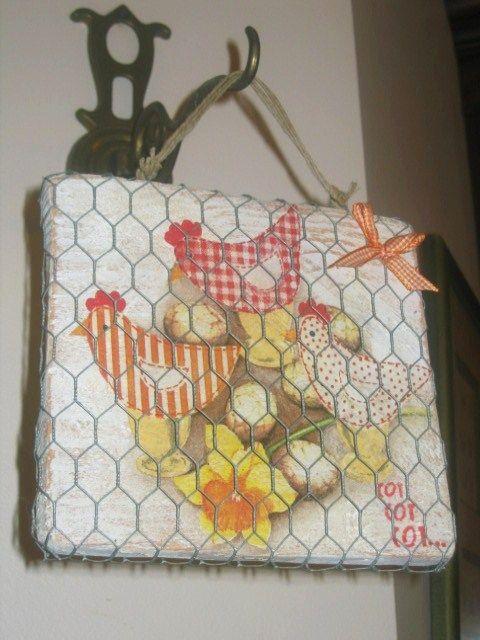 Diy tableau d co serviettage poulettes tableaux deco serviettage et p ques - Deco paques maternelle ...
