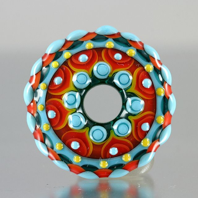 Lampwork glass bead  |  Artist:  © Manda Muddimer Mangobeads  |  mangobeads.co.uk  |  via:  Flickr