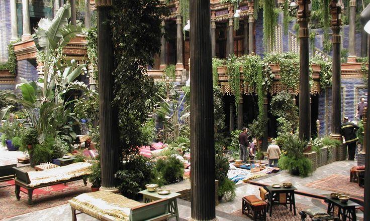 Palace Of Nebuchadnezzar In Babylon From The Film Alexander 2004 Hanging Gardens Of Babylon Alexander Gardens Of Babylon Hanging Garden Ancient Babylon