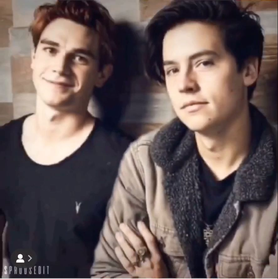 Photo of Cole Sprouse and kj apa goals