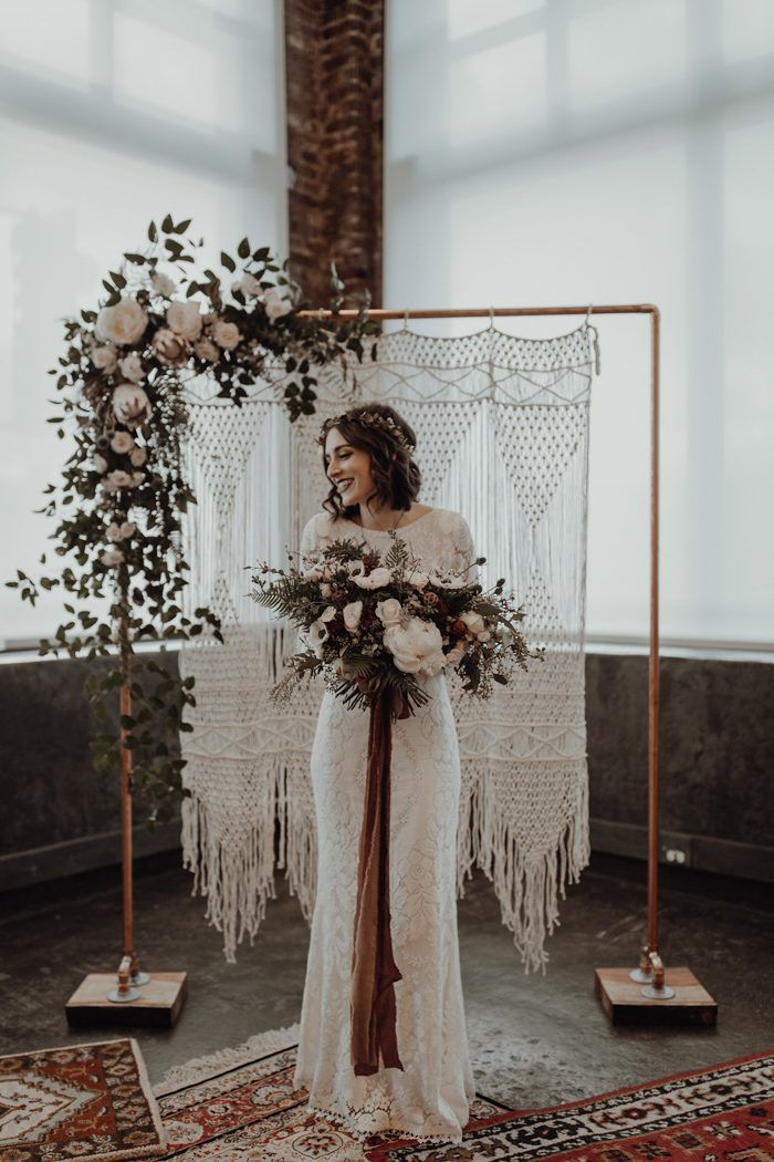 Thrifted and Handmade Leftbank Annex Wedding in Portland | Junebug Weddings 9