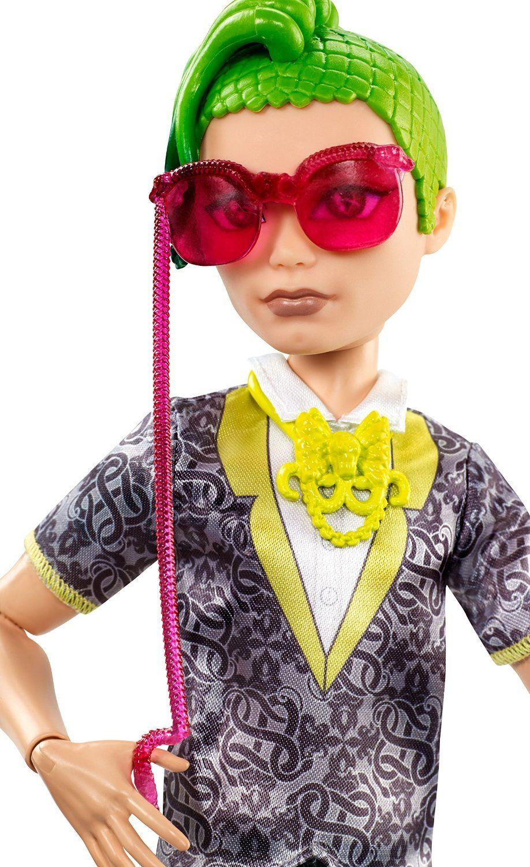 """Protótipos do Deuce Gorgon - Dance The Fright Away (Caixa pequena, exclusivo). Coleção do próximo filme de Monster High """"Bem-vindo a Monster High"""", com estreia prevista para 24 de Outubro de..."""