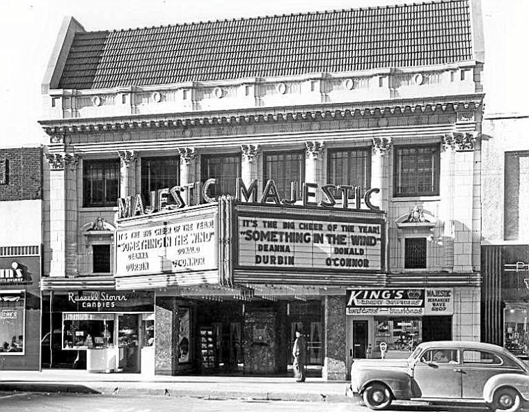 Period Piece Tulsa Movie Theaters Have Cool History In 2020 Majestic Theatre