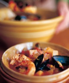 barefoot contessa seafood stew a huge favorite i use sustainably caught fish with fins - Fish Stew Ina Garten