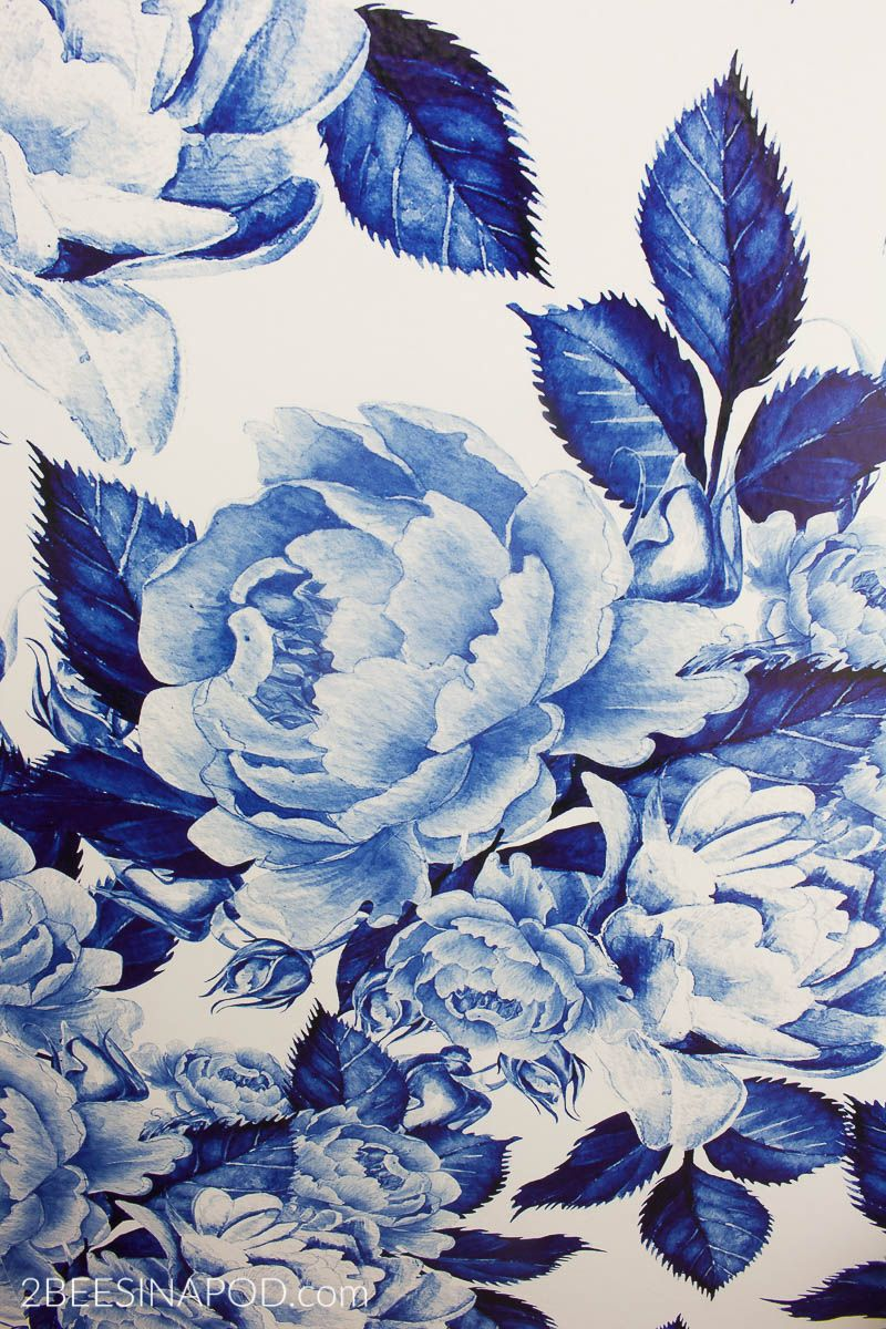 Bold Floral Blue And White Removable Wallpaper One Room Challenge Week 3 2 Bees In A Pod Blue And White Wallpaper White Wallpaper For Iphone Blue And White Fabric