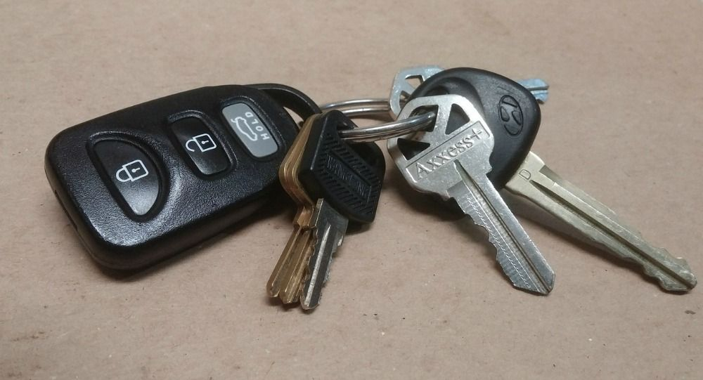 5 Easy Ways To Protect Your Car From Theft Car Key Replacement