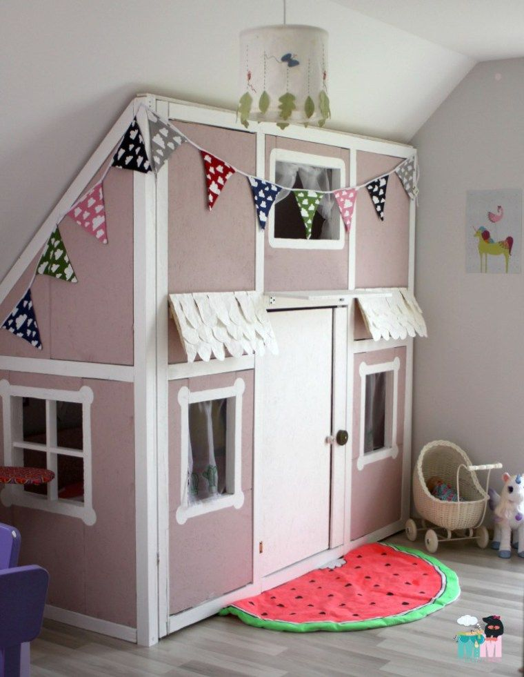 Diy ein hausbett im kinderzimmer chellisrainbowroom for Wandregal kinderzimmer ikea