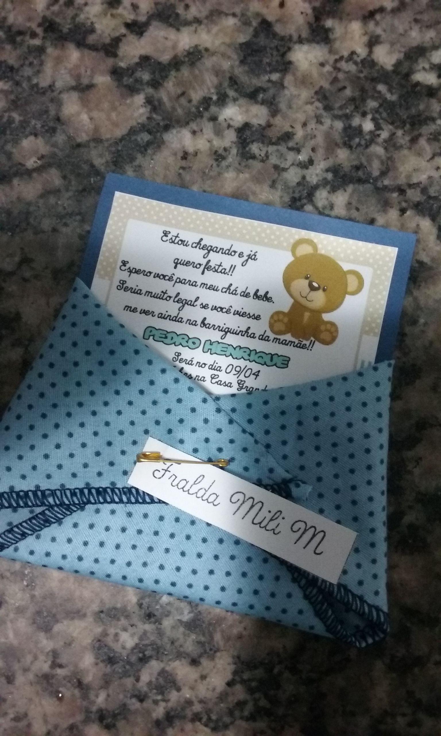 Convite para chá de bebê. Fraldinha feita em tecido e convite personalizado!!!