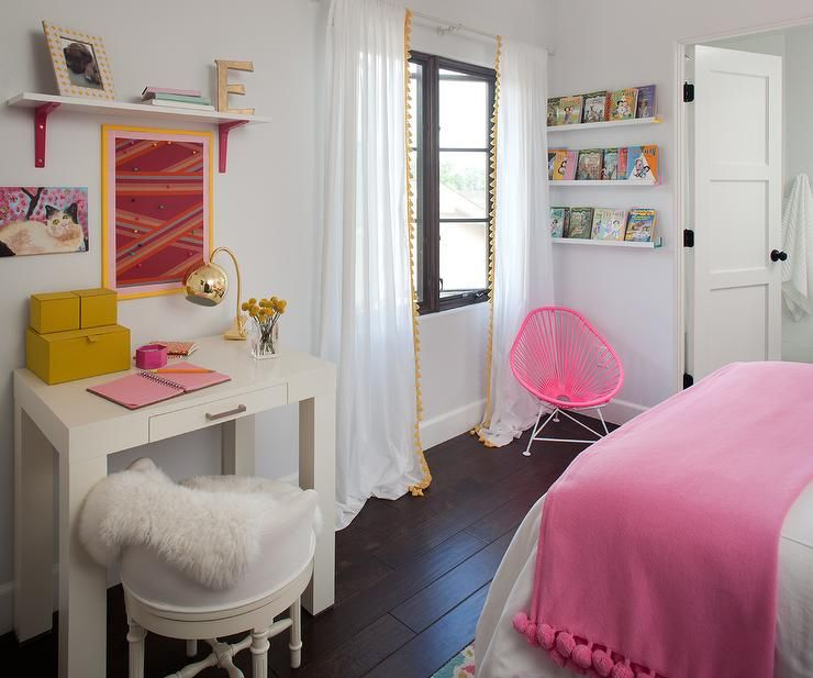 Fabulous Girl's Bedroom Boasts A White Shelf Accented With