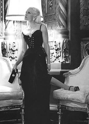 Madonna – Versace 1995 – Photos by Steven Meisel