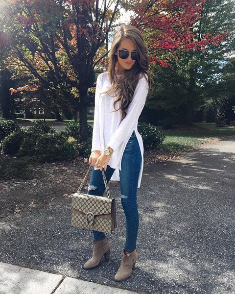 https://goo.gl/jFbwny Jeans, Gucci, Booties, Tunic #ootd #outfitoftheday #lookoftheday #fashiongram #currentlywearing #lookbook #whatiwore