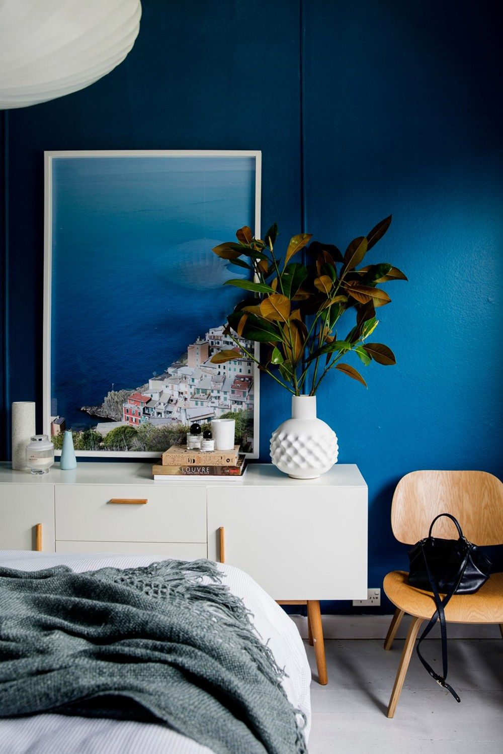 35 Ideas For Blue Wall Colour In Home Decoration Aliz S Wonderland Blue Wall Colors Blue Bedroom Walls Home Decor