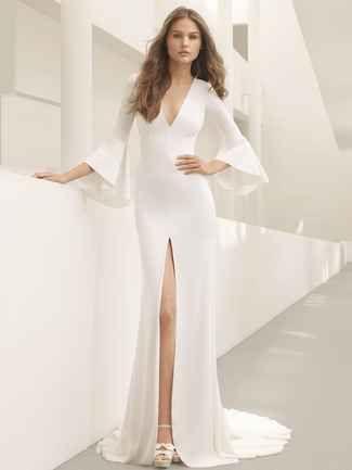 425722aaae Rosa Clará Fall 2018  Evocatively Romantic and Ethereal Wedding ...