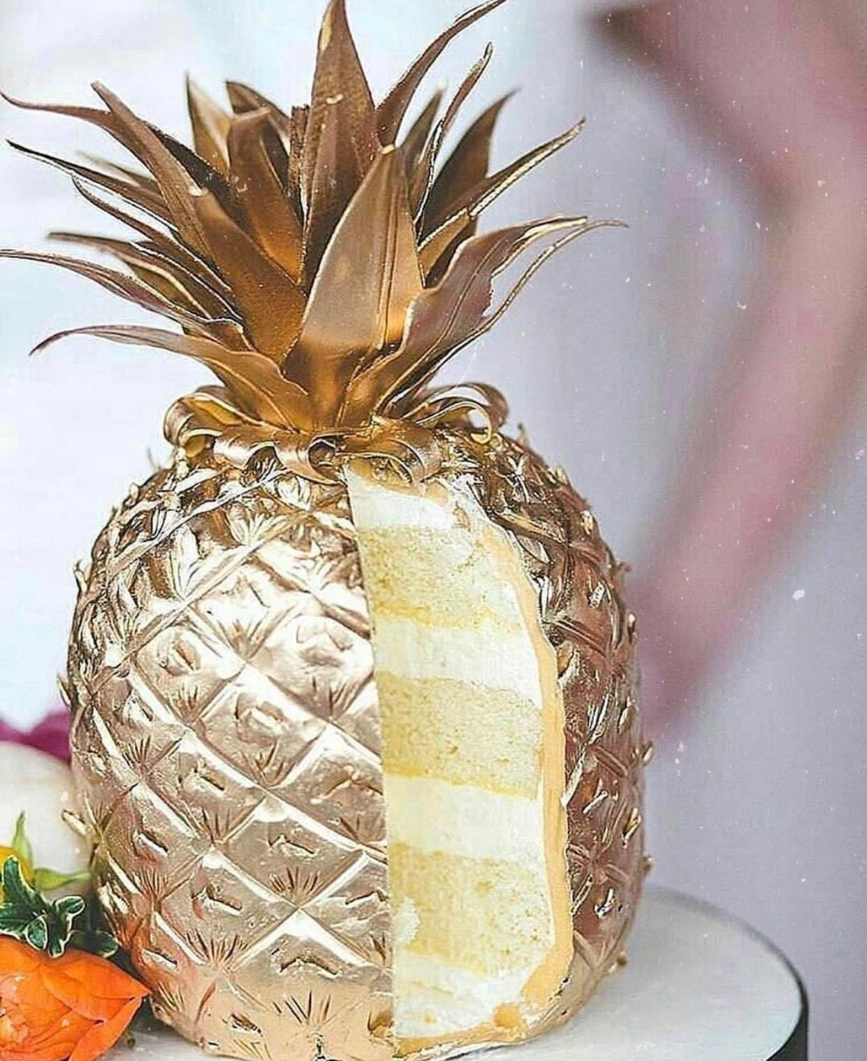 Pin By Kassandra Nicholson Jewelry On Bridal Pinterest - Pineapple Wedding Cake