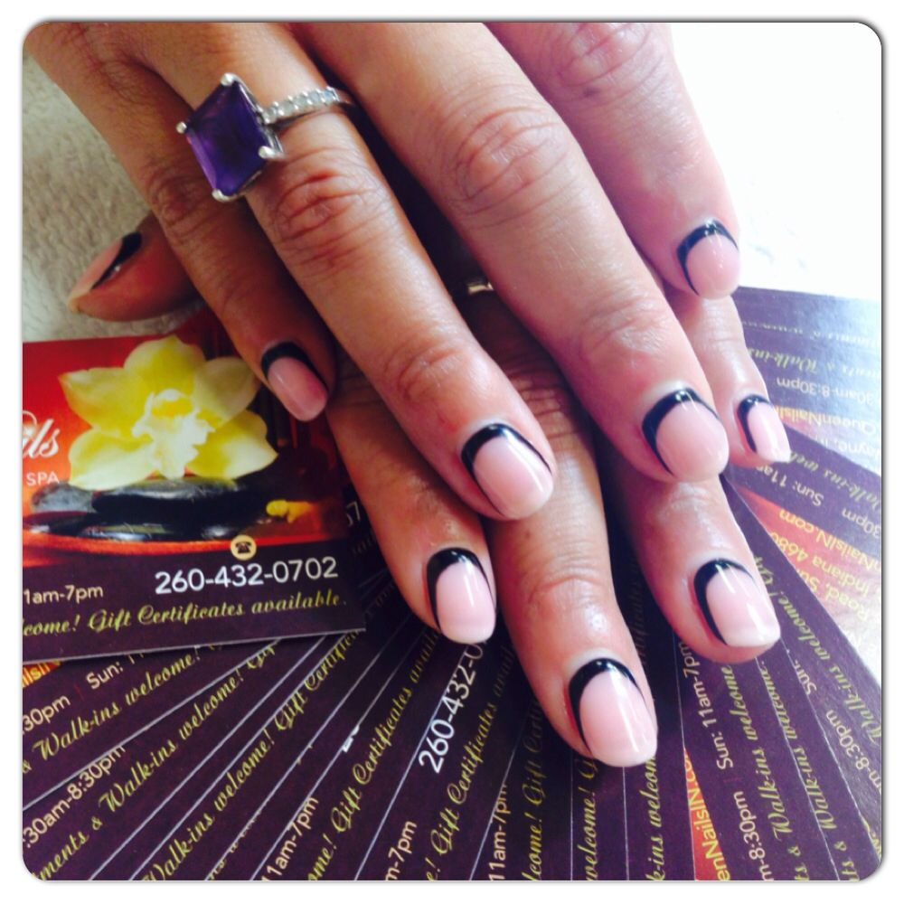 Created By Rosy Doan Queen Nails On Illinois Road Fort Wayne