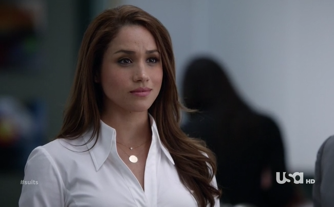 Rachel Zane Outfit: Classic button down blouses and Pencil ...