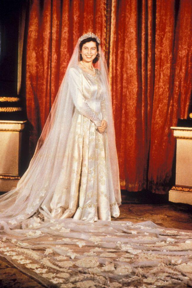 Los 30 Vestidos De Novia Más Icónicos De La Historia Royal Wedding Gowns Famous Wedding Dresses Royal Marriage