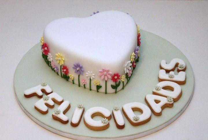 Pastel Dia De La Madre Flores De Atelier Sucreme Tortas Dia Madre