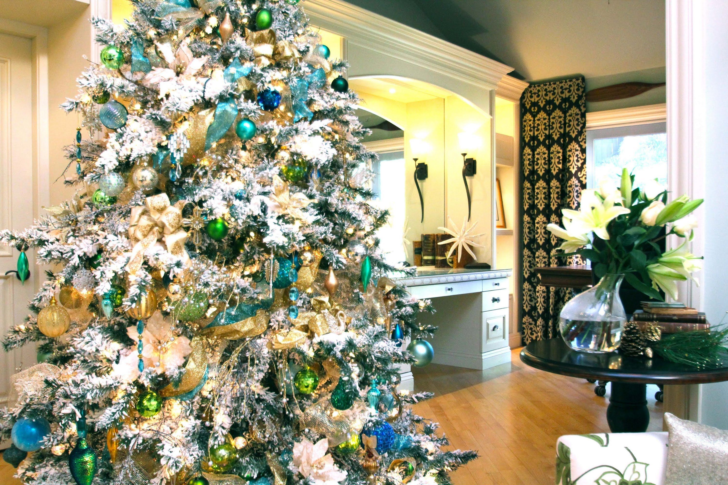 Christmas Decorations How To Organize And Store By Robeson Design White Flocked Christmas Tree Robeson Design Peacock Christmas Tree