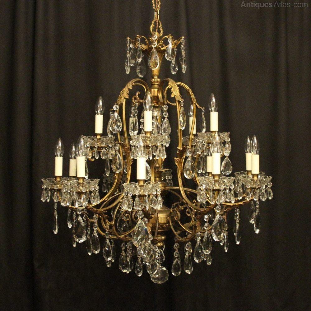 Italian Gilded 16 Light Antique Chandelier In 2020 Chandelier Antique Chandelier Antiques