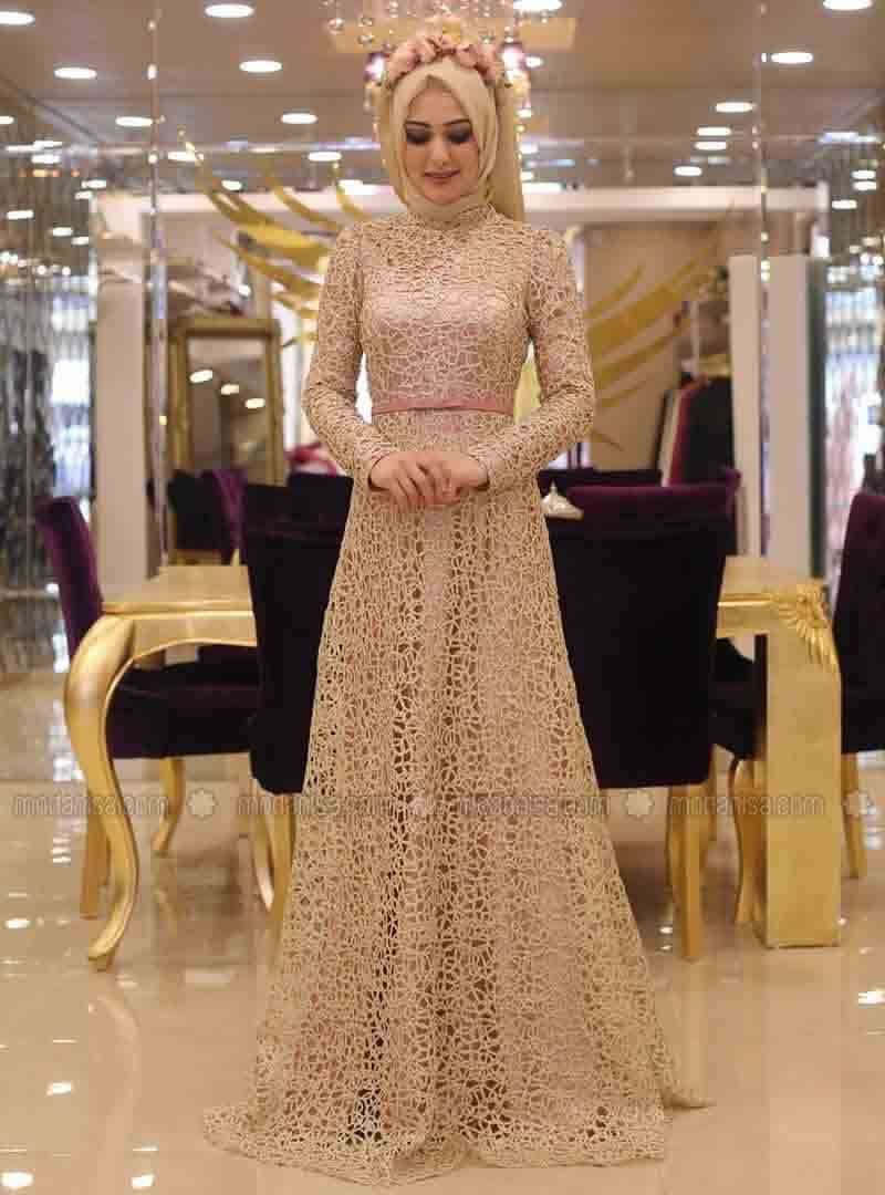 Fashion style How to maxi wear dress with hijab for lady
