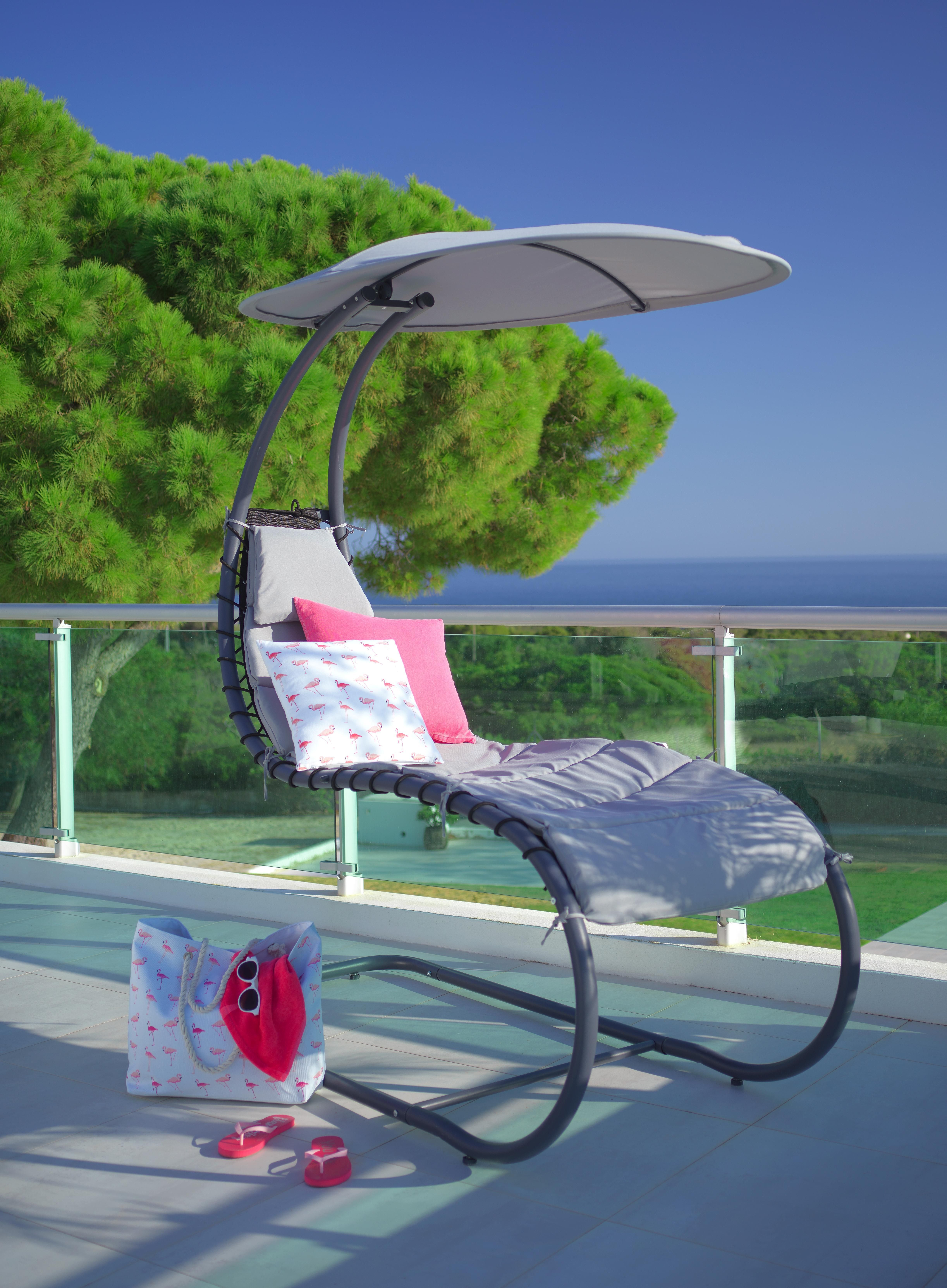 Hangesessel In Hellgrau Ein Gemutlicher Platz Im Schatten Sessel Relaxsessel Relaxen