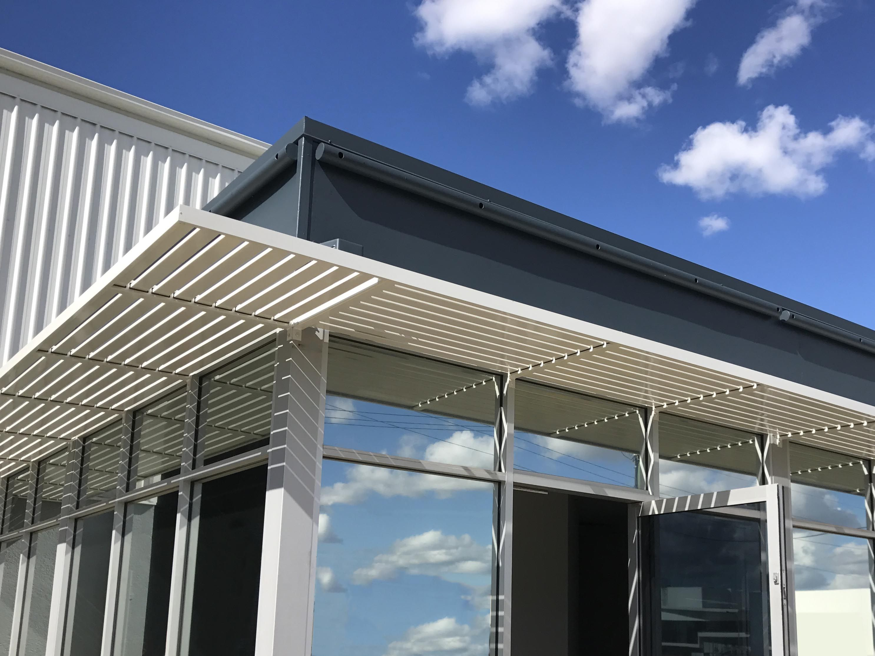 Clik N Fit Slat Awning In 2020 Awning Privacy Screen Slats