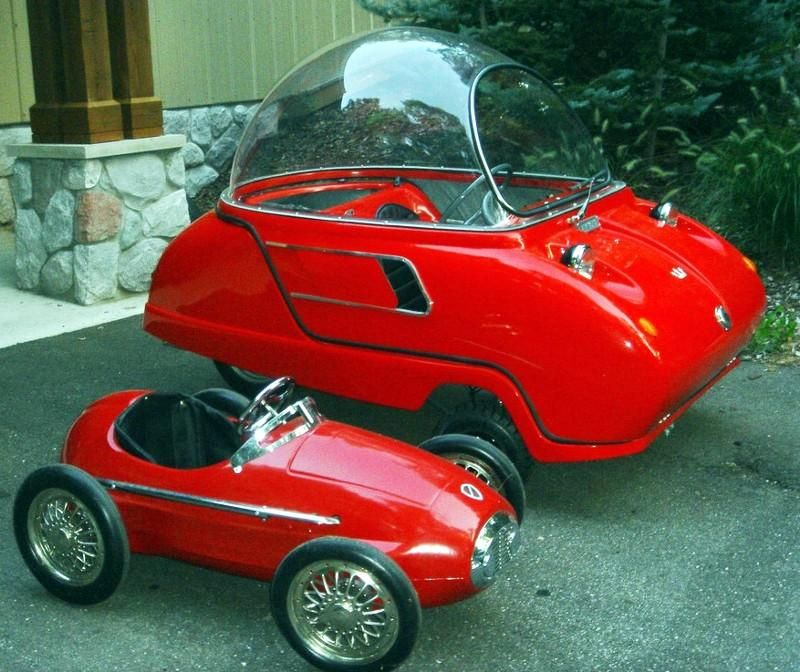 1962 << Peel 50 >>, the smallest road-legal car ever produced ...