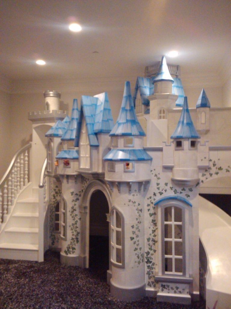 Big Indoor Playhouse Wizard Of Oz Castle Indoor Playhouse In 2020 Disney Kids Rooms Indoor Playhouse Kids Playhouse
