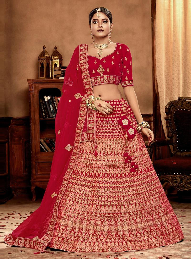 dd093868e8 Buy Red Velvet Circular Lehenga Choli 149347 online at best price from vast  collection of Lehenga Choli and Chaniya Choli at Indianclothstore.com.