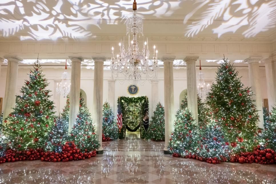 White House Christmas Tour 2018 White House Christmas 2018 Hgtv White House Christmas White House Christmas Tree White House Christmas Decorations