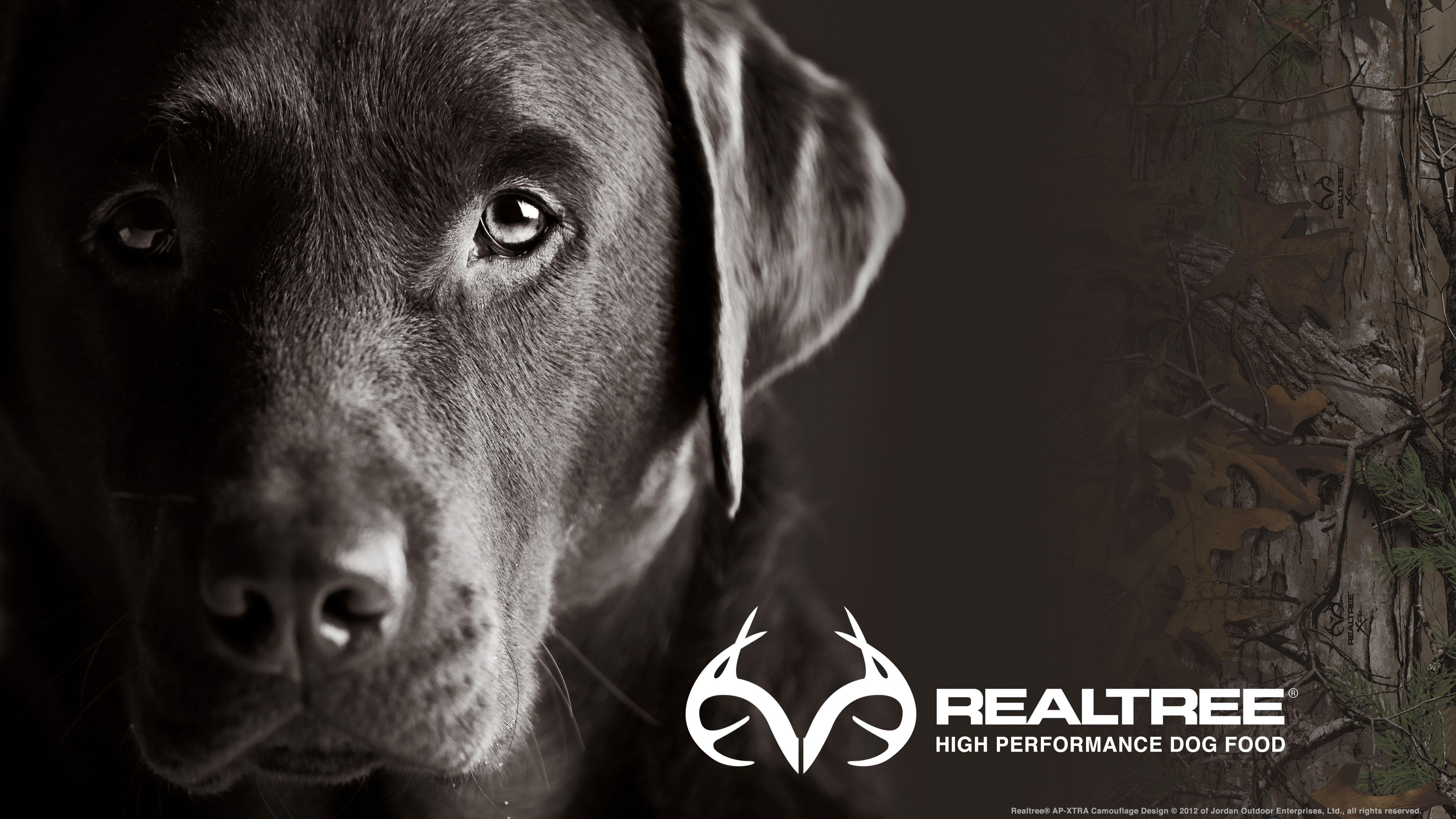 Widescreen Realtree® HIgh Performance Dog Food Wallpaper