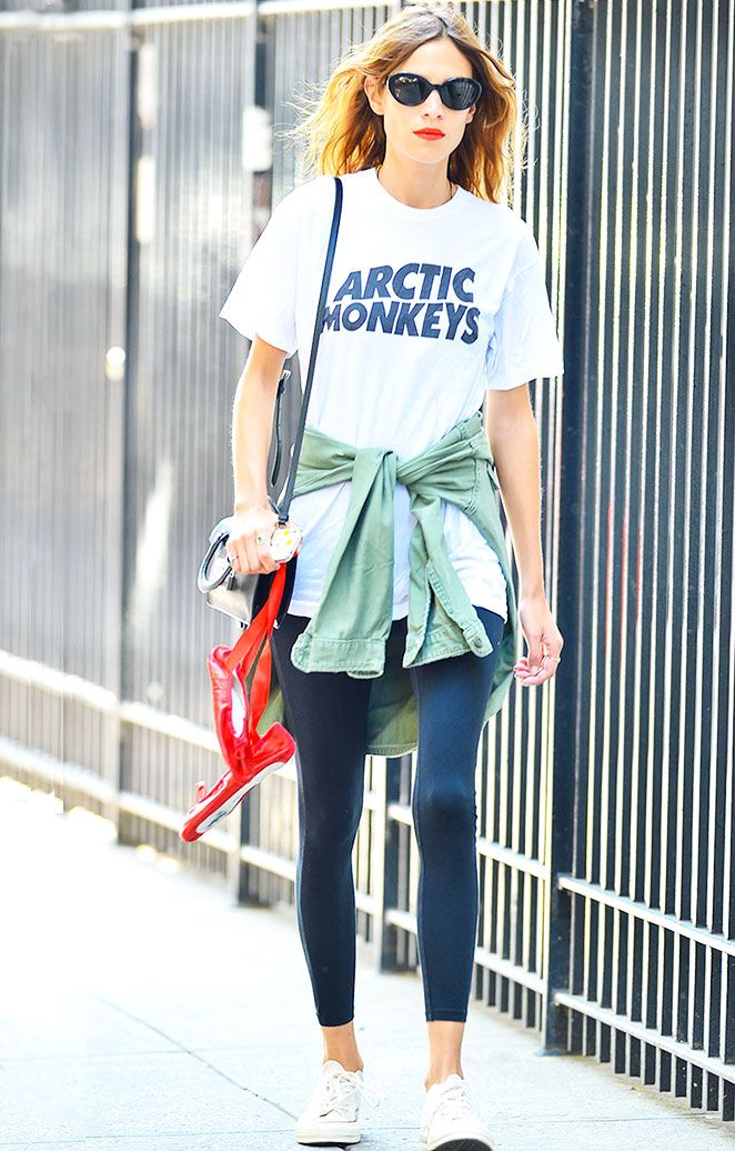 9e141e4ecfba  AlexaChung stepped out in yet another killer street-style look wearing an   ArcticMonkeys t-shirt that she appropriately paired with black leggings