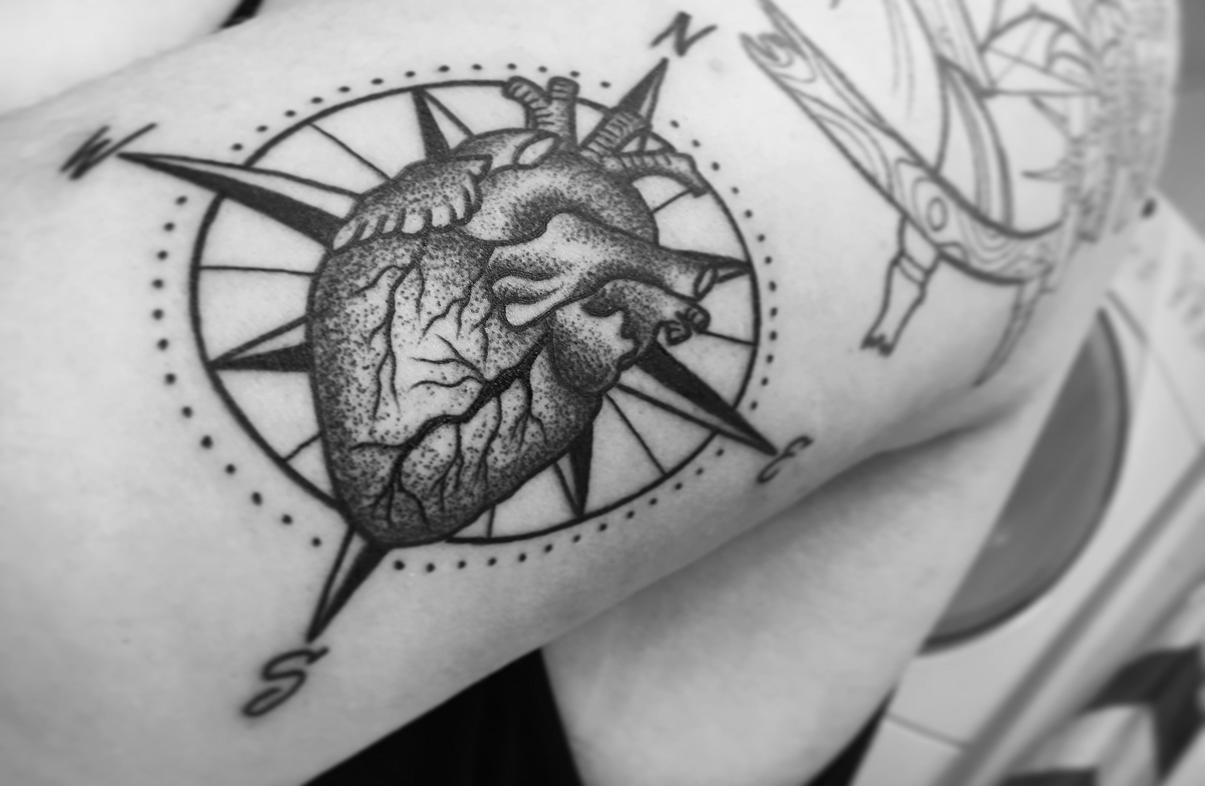 7d947e076dbcf #tattoo #tattoos #compass #heart #compassheart #compasstattoo  #followyourheart