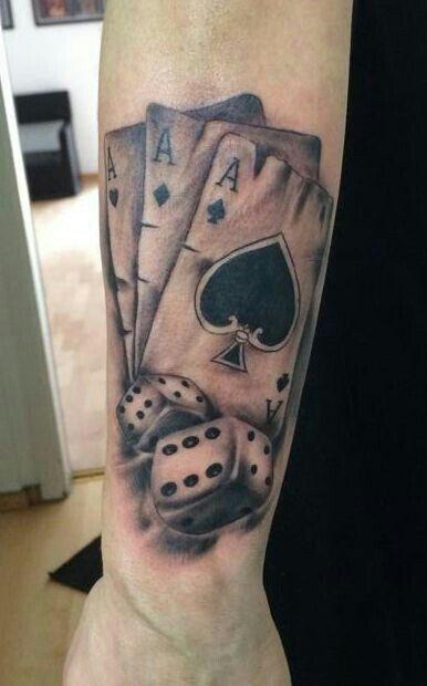 Pin Na Tatuaż