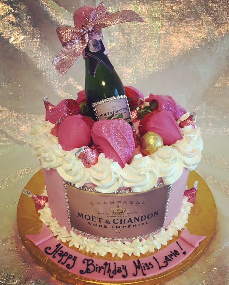 Moet Rose Champagne Bottle Cake Champagne Cake Design Alcohol Cake Wine Bottle Cake