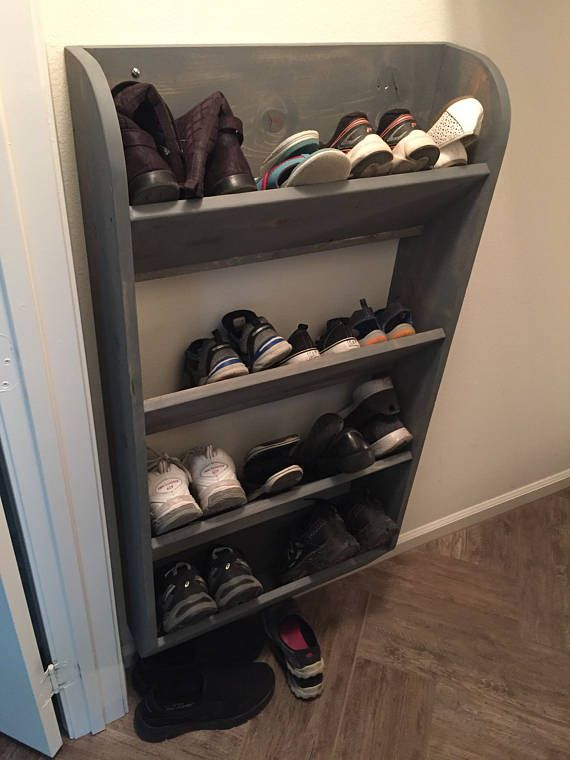 Wall Hung Shoe Rack For Maximum Storage Capacity And Clearance Takes Up Much Less Room Than The Box Or Standard Floor Racks A Wall Mounted Shoe Rack Diy Shoe Rack Wooden