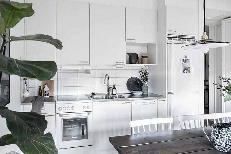 Großzügig Essmöbeln Für Eine Kleine Küche Ideen - Küchenschrank ...