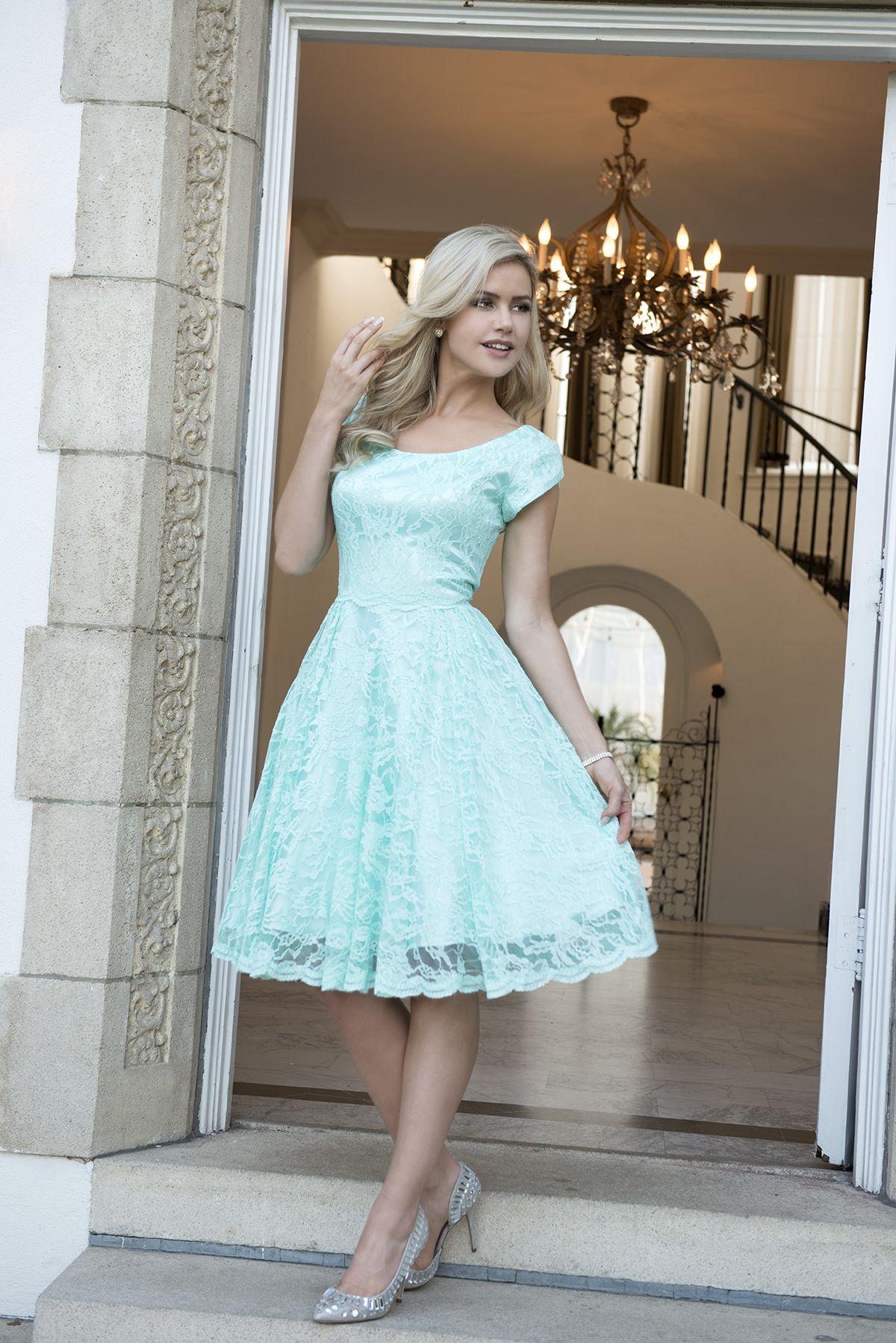Devoryv lace modest bridesmaid dresses