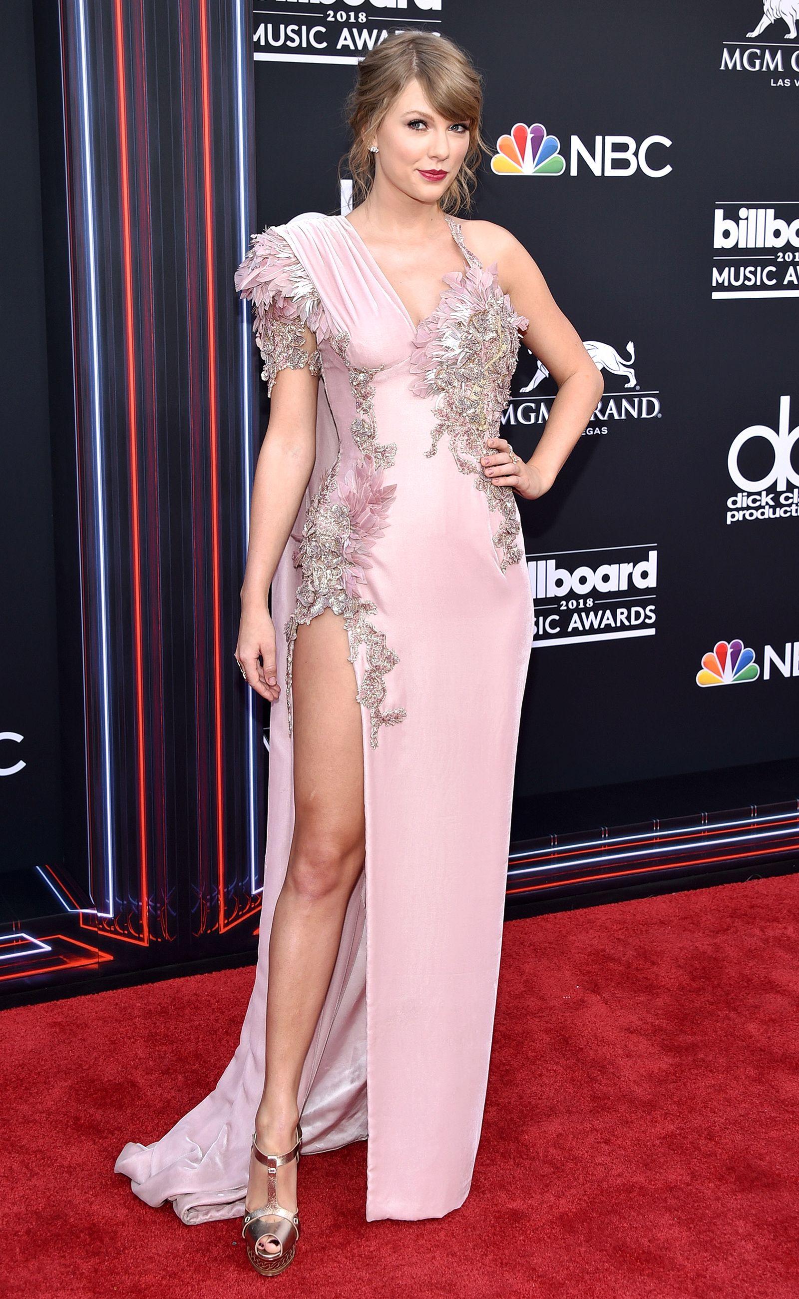 Billboard Music Awards 2018 Arrivals: All the Photos | Vestiditos