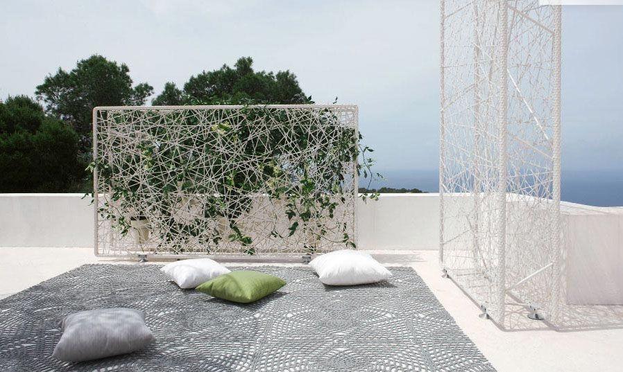 dedon screen | My Style Pinboard | Concrete patio designs ...