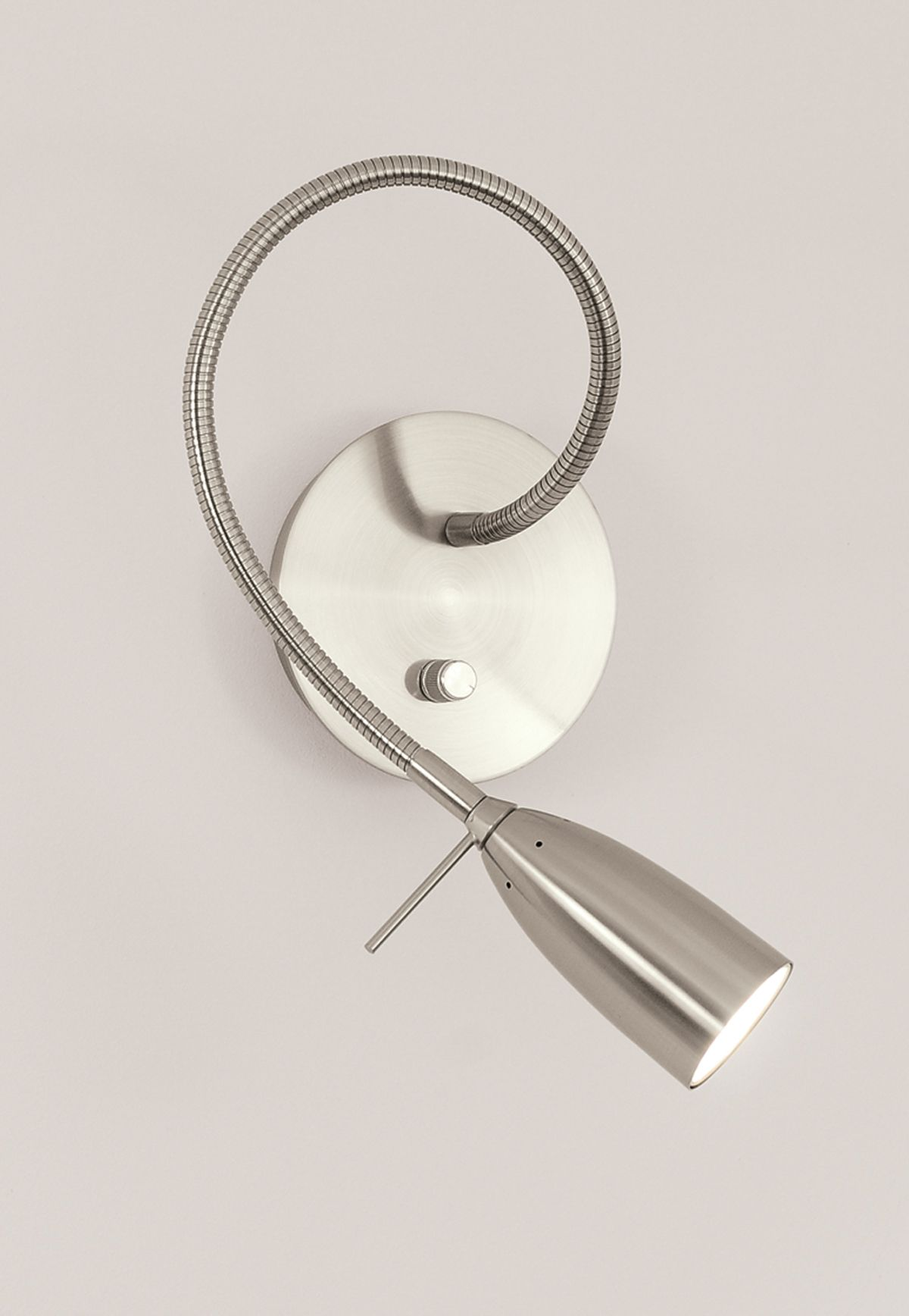Ca not find - maybe discontinued? Micro Wall Reading Lamp http://www.edgelighting.com/products ...