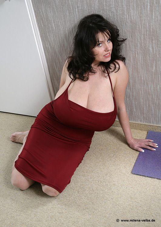 My mom sleeping naked pussy
