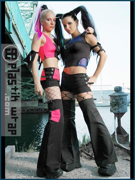 future girls, Cyber Goth, Rave, Alternative, Cyber Girls, Plastik wrap, futuristic girls, cybergoth, gothic girls, cyber girls by FuturisticNews.com